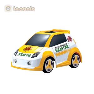 O carro que funciona com a energia solar é um brinquedo fantástico!