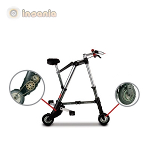 Uma bicicleta que permite deslocar-se facilmente e que pode ser dobrada para ocupar muito pouco espaço